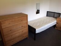 Shared Room - 400£ - All Bills Inc - No Fees! - 1 bed available!