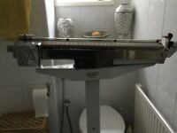 1950s Avery upright bathroom scales