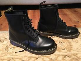 Dr. Martens 1460z - size 10 NEW
