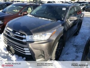 2017 Toyota Highlander LE+AWD+CAMERA+TOYOTA SENSE+BLUETOOTH