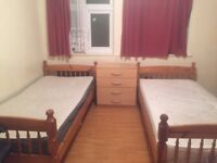 Outstanding room available in Mile End