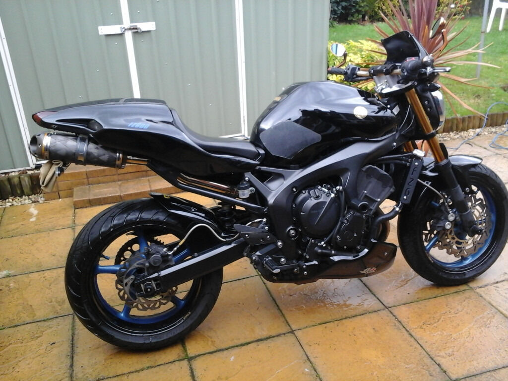 Yamaha Fz6 S2 Custom Special Streetfighter In
