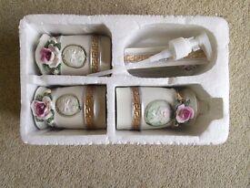 4 pieces Bathroom accessories unused and still in box