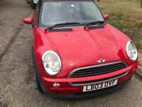 2003 MINI IN SHINY RED WITH ELECTRIC PAN ROOF DRIVES SUPER NO FAULTS.DENTS OR RUST