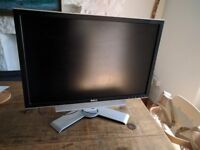 "Dell 24"" 1920 x 1200 PC Monitor with Sound bar"