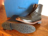 Oliver Sweeny Airton Boot. Size 8