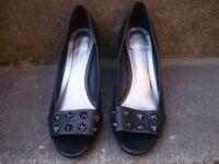 Ladies Faith heels for sale