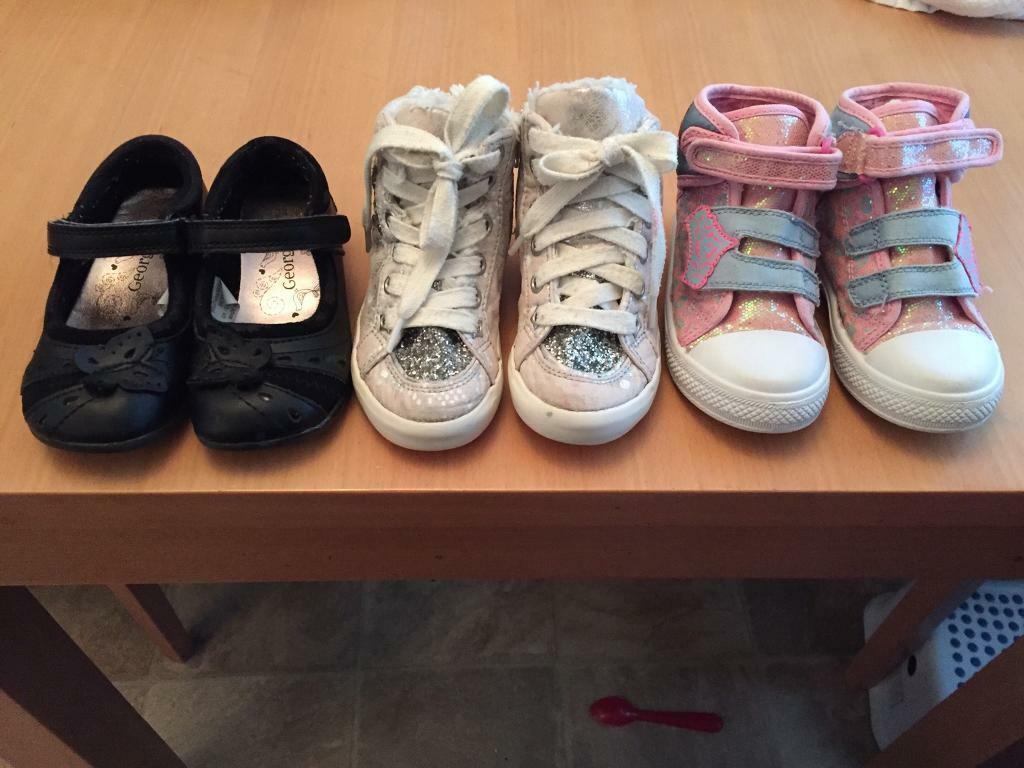 Girls shoes size 7 (6 pairs!)