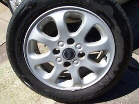 volvo alloy wheel with tire