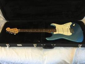 Fender Strat MIM lake placid excellent condition 2007