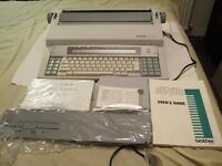 BROTHER CE-700 ELECTRONIC TYPEWRITER - AS NEW- TESTED/FULL WORKING C/W USER GUIDE/ACCESSORIES