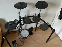 Electronic drum kit roland !
