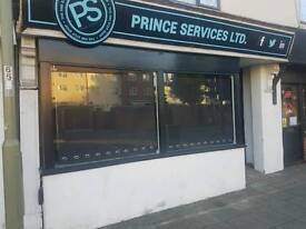 Commercial Unit / Office Space To Rent On Busy Main Road In Gosport. Available Immediately