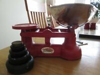 Salters Staffordshire Vintage Kitchen Scales with weights