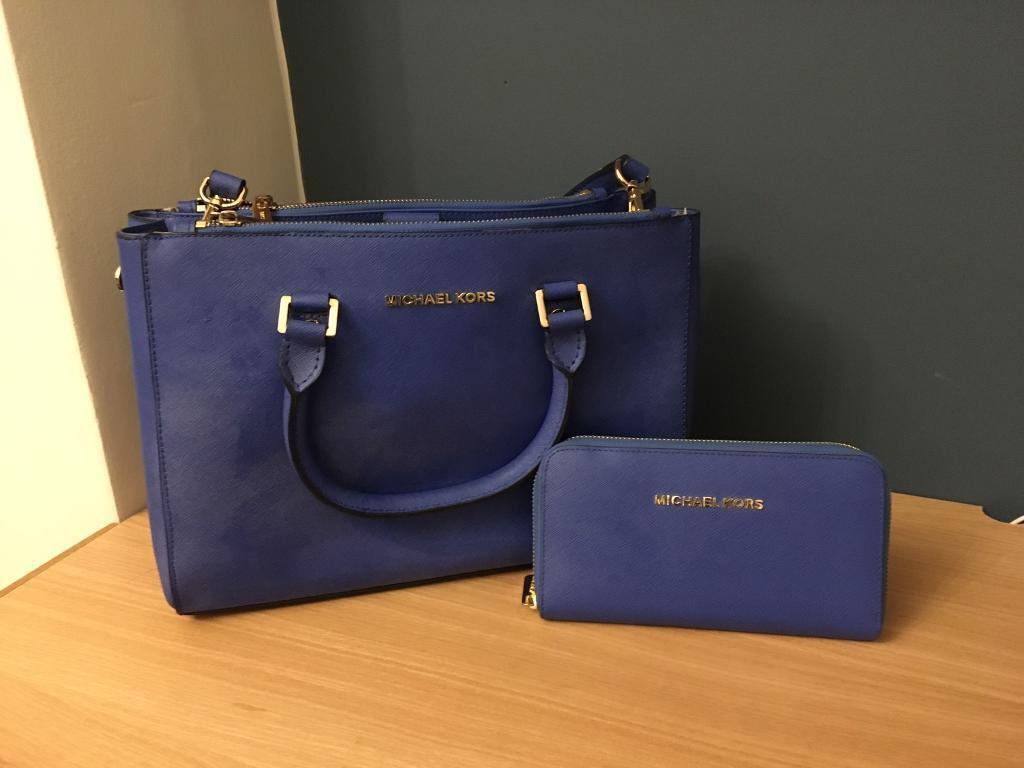 80270e7915ec Michael Kors bag   purse