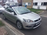 Ford Focus 2.0cc convertible 2008 facelift model 3 door coupe mot April one owner full history