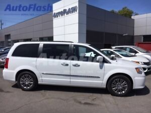 2014 Chrysler Town & Country Touring/Limited * Cuir * Toit *  Na