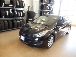 2013 Hyundai Elantra GL FUEL SAVER, SLEEK LOOKS