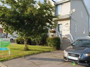 224 900$ - Jumelé à vendre à Ste-Marthe-Sur-Le-Lac