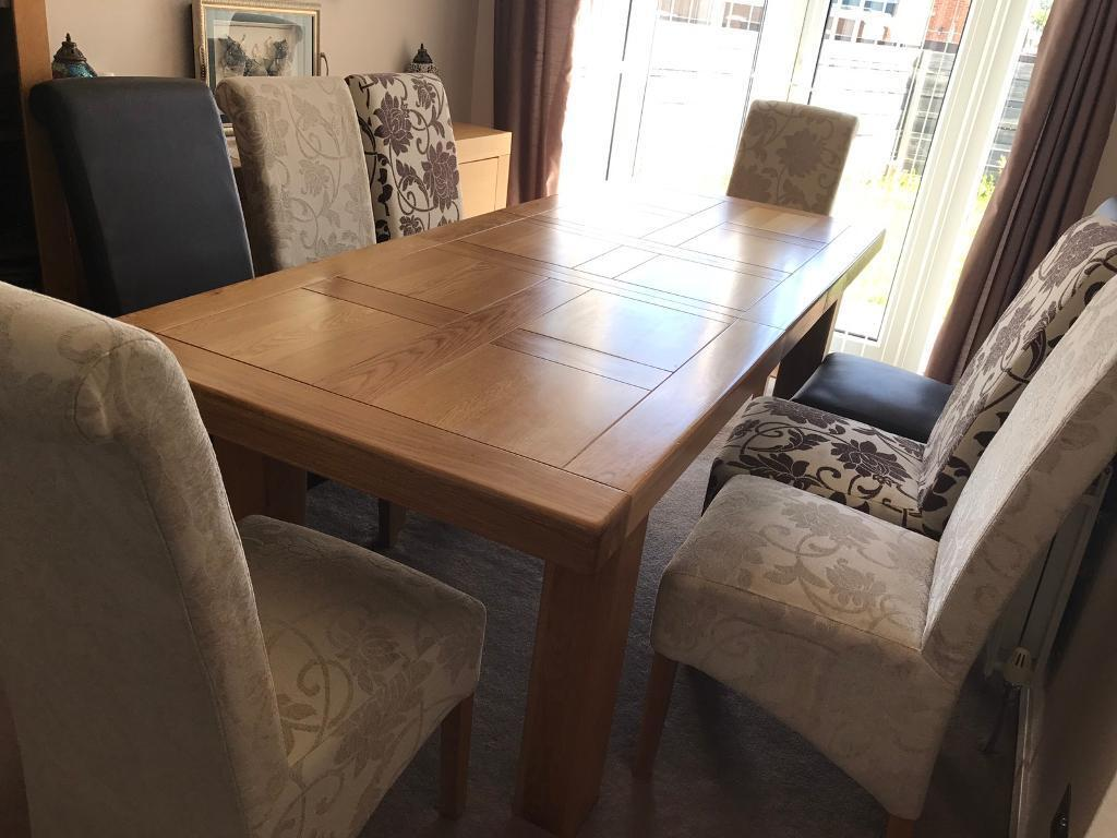 Oak Large Extending Dining Table 8 Chairs