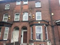 4 Bed flat, Egerton Rd, Fallowfield, close to Wilmslow rd 24hr Bus rout to Uni, city centre.