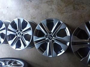 BRAND NEW TAKE OFF HYUNDAI SANTA FE 2016 FACTORY  OEM 17 INCH ALLOY WHEEL SET OF FOUR.