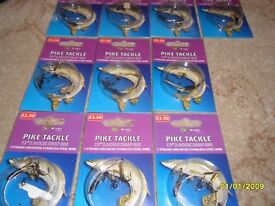 """Dragon Pike Tackle 12"""", 2 hook snap rig, 7 strand uncoated stainless steel wire."""
