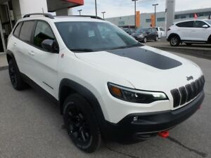 2019 Jeep Cherokee 2019 TRAILHAWK 4X4 V6 MAGS