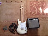 Electric Guitar With Amplifier, Bag And Much More. Excellent Condition £115