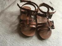 Young dimension baby girls sandals size 8- 25/26 new sandals £4
