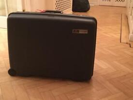 High quality DELSEY. Suitcase
