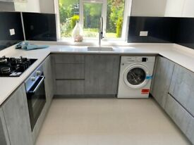 ONE BEDROOM FLAT GROUND FLOOR WITH GARDEN AND STUDY ROOM IN STANMORE