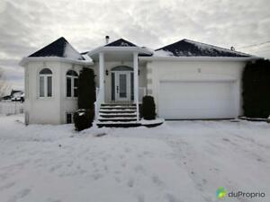 319 900$ - Bungalow à vendre à St-Bruno-Lac-St-Jean