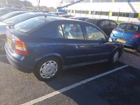 Lowered price.... vauxhall astra 1.6 6 months mot.