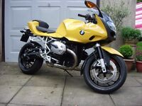 Excellent BMW R1200S Sport Motorcycle, with luggage and low miles.