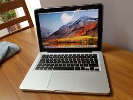 Macbook Pro 13 Core i5 - Office 2016 - Only 288 on Battery Cycle..