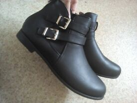 Ancle Boots size 8 new