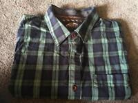 Superdry men's shirts short sleeves Size Medium uesd Very good condition £7