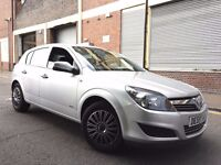 Vauxhall Astra 2010 1.4i 16v Life 5 door 2 OWNERS, LOW MILEAGE, BARGAIN