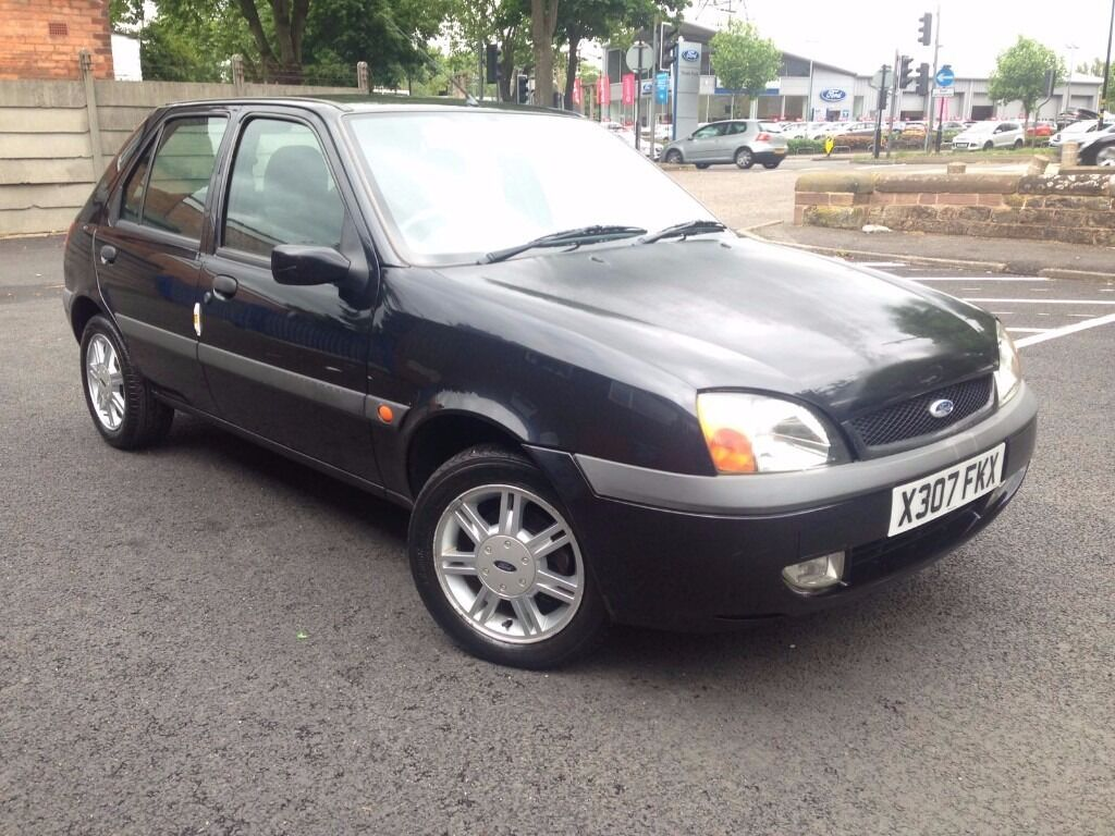 2000 x reg ford fiesta zetec 5 dr hatchback petrol manual black bargain cheap. Black Bedroom Furniture Sets. Home Design Ideas