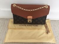 Brand new LV shoulder bag comes with a dust bag