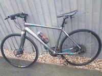 Boardman Team sport Hybrid bike