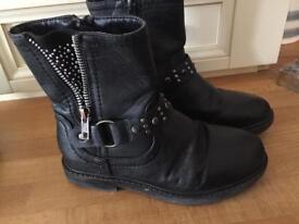 Girls size 12 biker boots black George