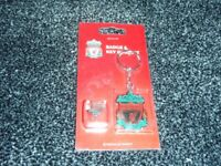 badge and keyring liverpool brand new
