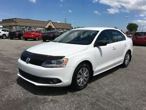 2013 Volkswagen Jetta Trendline/LOW KM/MANUAL/HEATED SEATS/CLOTH