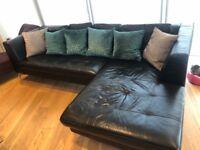 Black leather corner sofa / L Shape