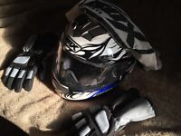 Box motorbike motorcycle scooter helmet with gloves and carry bag excellent condition near new 50cc