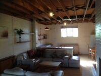 Surlingham, Near Norwich-One bed Barn conversion to let
