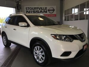 Nissan Rogue s awd with back up camera 2014