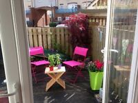 Large room in town house overlooking river monthly , weekly or monday to friday available